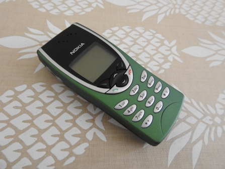 Tried using an old 'dumb' Nokia, but cannot be charged with my alternative sources.
